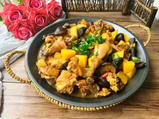 香菇土豆炖鸡块,一大锅哦