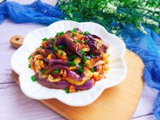 家常菜+凉拌手撕茄子,成品图