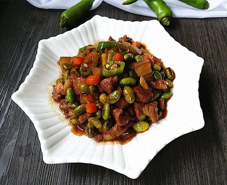 杭椒毛豆米小炒肉