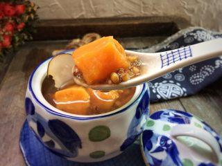 红薯绿豆汤,勺一个