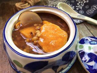 红薯绿豆汤,近看