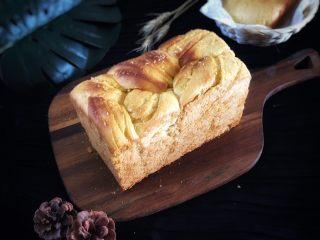 椰蓉面包,凉凉