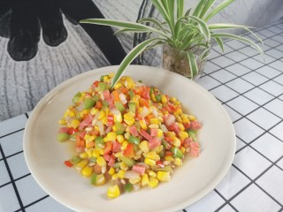 松子玉米,五彩斑斓 香甜可口
