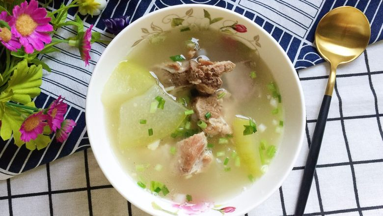 冬瓜小排汤