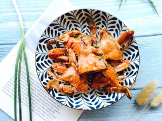 下酒菜+姜葱炒梭子蟹,开始享用美食吧!