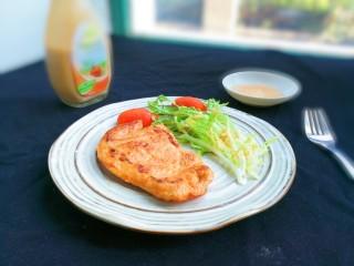 法式沙拉酱锅煎香甜鸡脯肉,蘸着法式沙拉酱不油腻更好吃