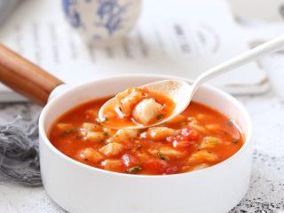 番茄龙利鱼汤,一道酸甜开胃、口感嫩滑的番茄龙利鱼汤就做好了,美味简直无法抵挡呀!