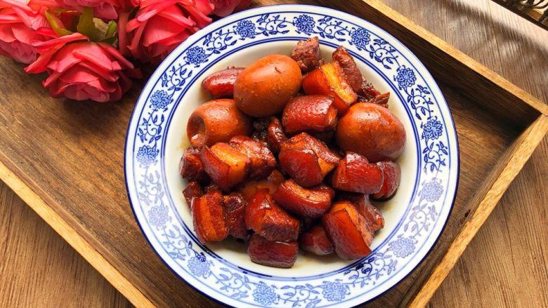 卤蛋红烧肉