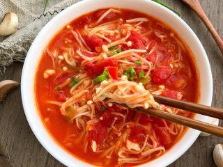 西红柿炒金针菇,成品