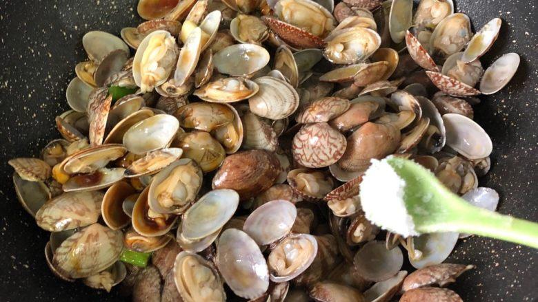 蚝油花蛤,盐少许或者不加