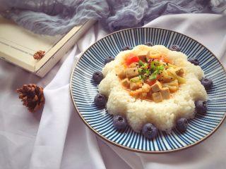 宝宝辅食11M➕:番茄花菜烧豆腐