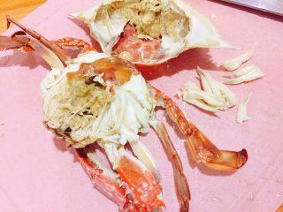 家常菜+葱油梭子蟹,蟹蒸熟后去腮,去尖头部分
