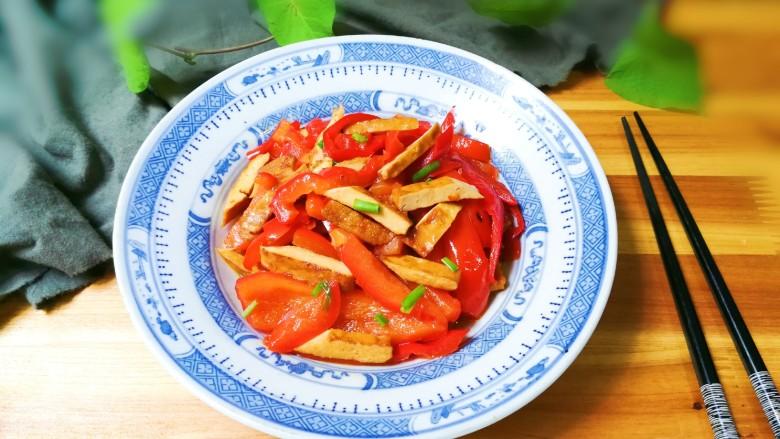 豆干炒红辣椒
