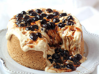 如火山熔岩般的【黑糖珍珠爆浆蛋糕】