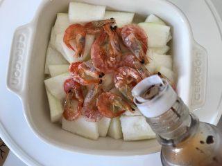 十味  虾干蒸冬瓜 ,蒸好之后淋上少许香油,即可