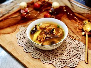 一碗好汤暖身心➕虫草花煲土鸡汤