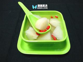 冰糖百合炖梨