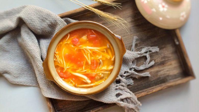 鲜美开胃: 风味西红柿杂菇汤