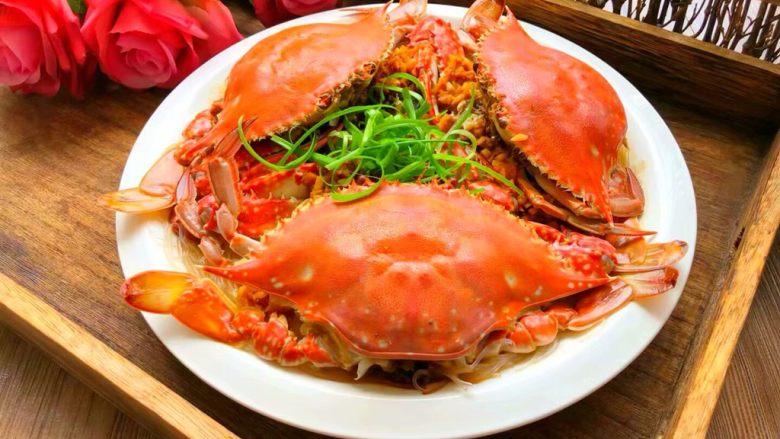 蒜蓉粉丝蒸蟹,成品图三