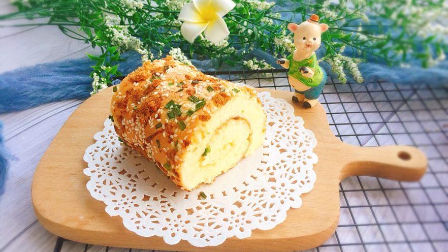 香葱芝麻肉松蛋糕卷