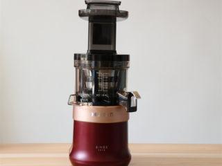 奶香玉米汁(原汁机版),将惠人原汁机组装好;