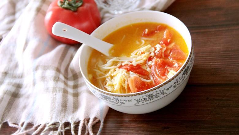 西红柿金针菇鸡蛋汤