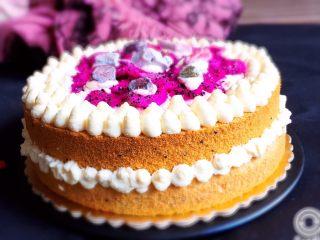 火龙果蛋糕
