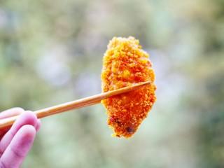 美食丨做法简单又美味 健康无油版炸鸡翅~,不说清,享用美味的鸡翅吧