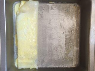 肠粉,用刮板刮出