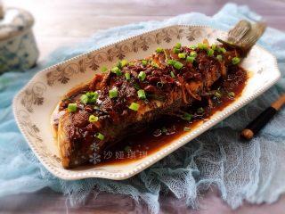 酱香烧鲈鱼