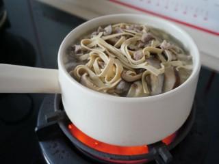 居家版大煮干丝,我煮开后换了个砂锅