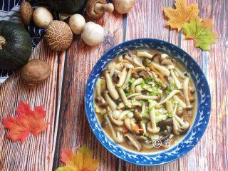 蚝油菌菇,完成