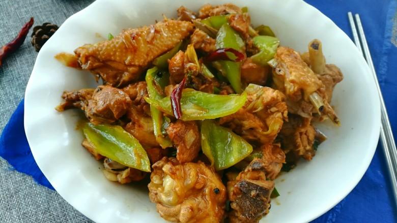 尖椒炒鸡肉块