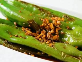 虎皮尖椒的家常做法,一学就会, 入味又不焦,好吃看得见~
