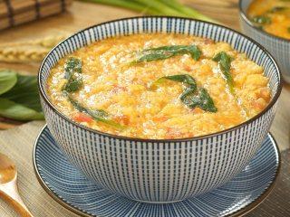 快手番茄疙瘩汤,盛出装碗,即可享用