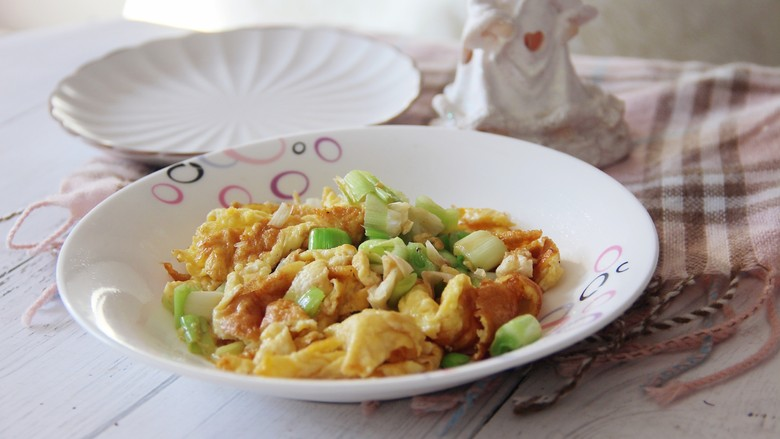 家常美味葱花炒鸡蛋