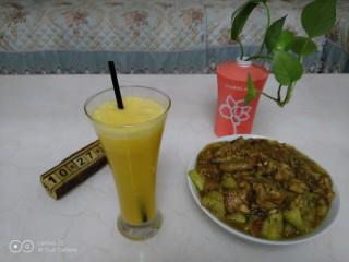 爱媛果冻橙+鸡肉炖茄子,啦啦啦~开吃了