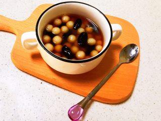 紅糖藍莓小圓子,紅糖藍莓小圓子香甜軟糯,非常好吃~