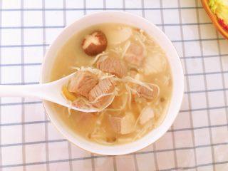 菌菇牛腩汤,成品图。