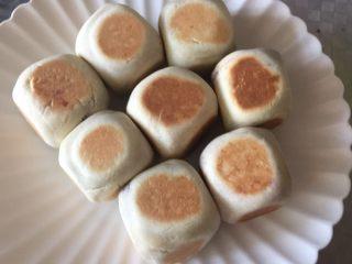 网红仙豆糕,刚出锅时,外酥里糯,芝士拉丝效果明显,不用去外面买了
