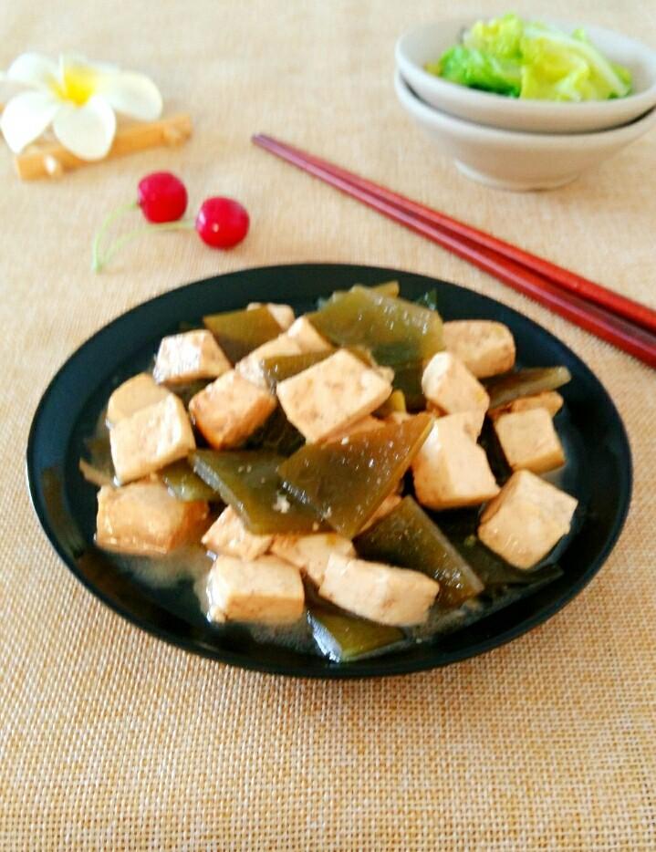 海带根炖豆腐