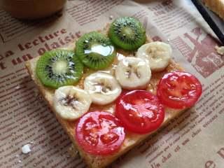 #百变水果#  水果花生酱吐司片, 或者是这样摆,淋少许蜂蜜