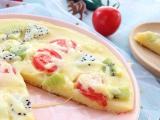水果披萨,水果可以随意搭配,做这款水果披萨时,尽量选择甜一些的水果!