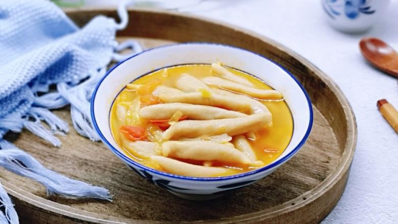 营养健康早餐  卷心菜番茄全麦鱼面