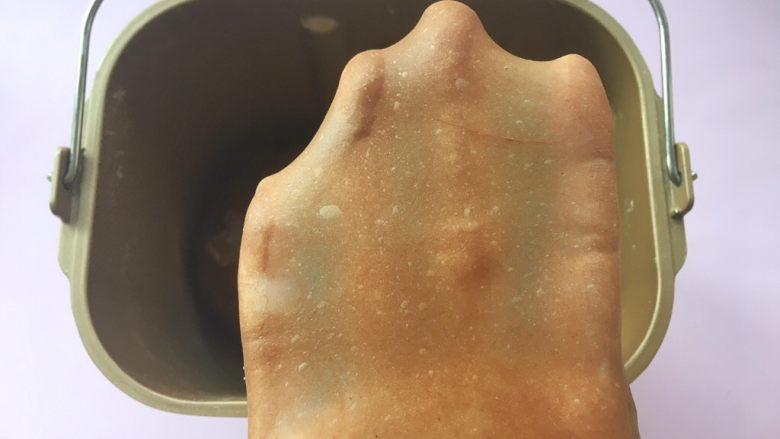 可可坚固咕咕霍夫 ,面团也可以撑出厚一点的手套膜;