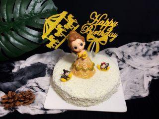 妈妈的蛋糕,装饰物用酒精清洗然后冲洗干净