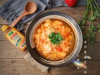 金针菇番茄龙利鱼,成品。