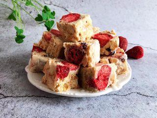 网红草莓雪花酥,完美