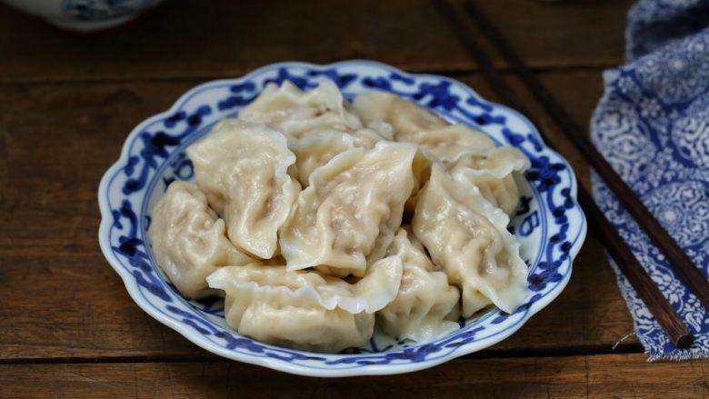 东北猪肉酸菜馅饺子