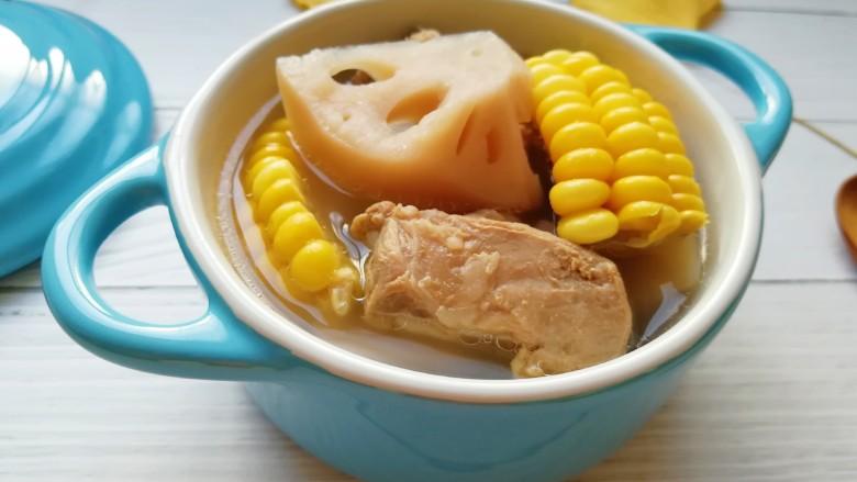 莲藕玉米排骨汤,准备吃肉喝汤。